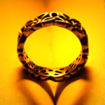 細かな装飾が美しい指輪